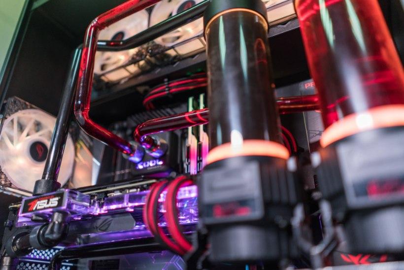 VIDEO | MängudeÖÖ PC Show kutsub kohale kõige retsimate pillide omanikud!