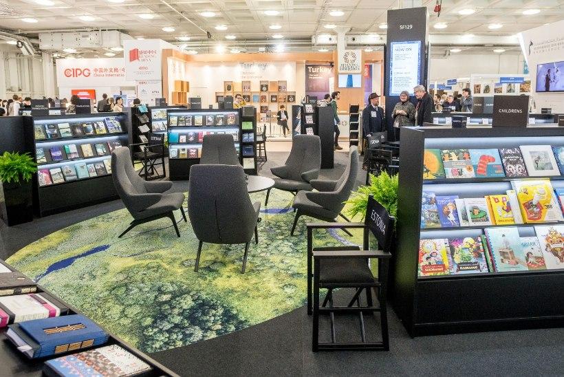 GALERII | Kuidas tutvustab Eesti oma kirjanikke Londoni raamatumessil?