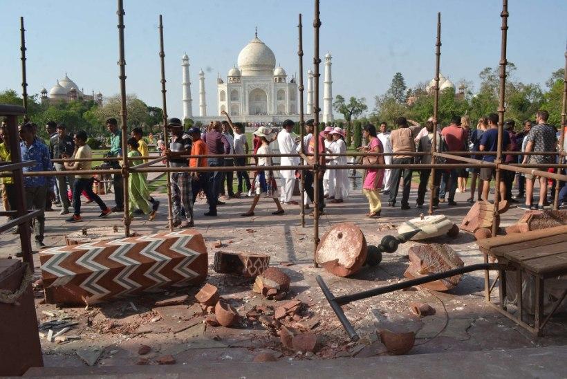 Taj Mahal sai tormituultes kannatada