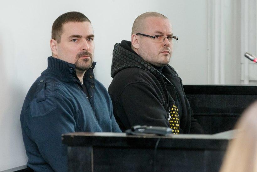 Prokurör kiusab kohut topeltmõrvaprotsessil videotega