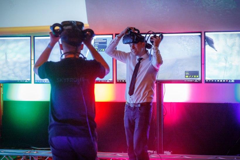 GALERII   Eesti ägedaim videomängupidu MängudeÖÖ sai hoo sisse