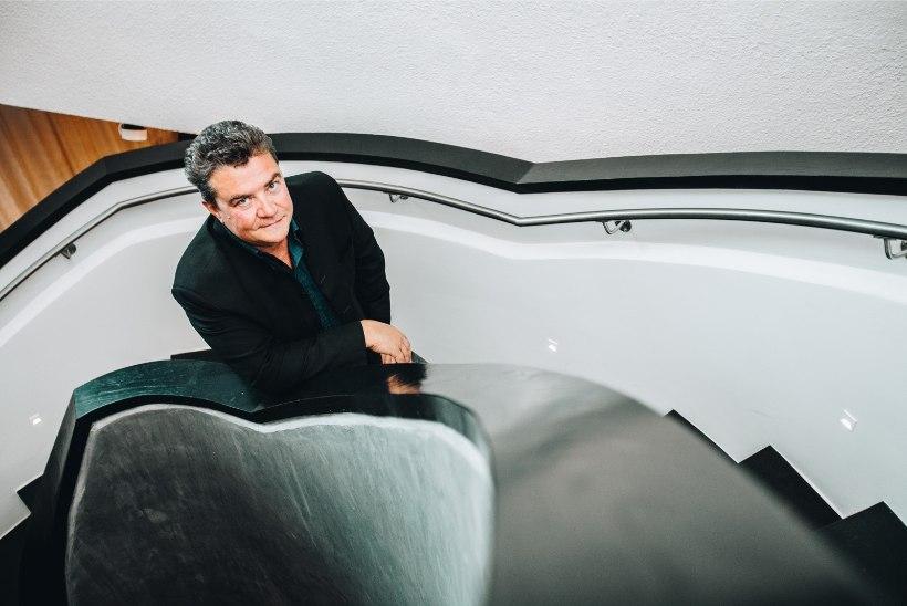 """SUUR TÜLI: Joel Steinfeldt vihastas Karl Madise """"Tiigrikutsu"""" esituse peale"""