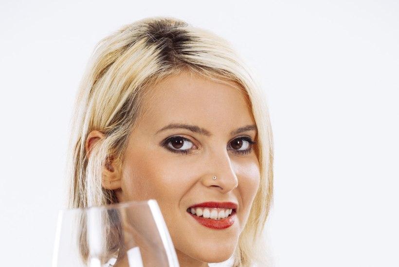 Ohhoo! Hilisõhtune veinijoomine aitab ülekilosid kaotada