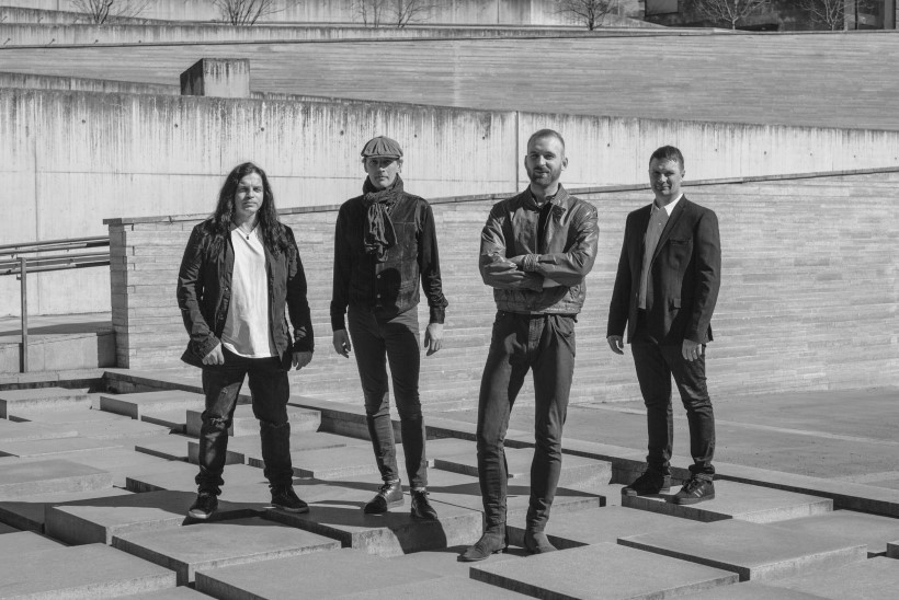 Metro Luminal on tagasi! Bändiga liitusid Robin Juhkental ja Marko Atso
