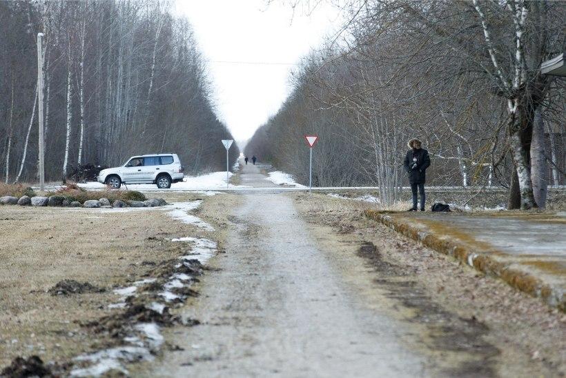 Tallinna-Haapsalu raudteetammi omanik kaebas ministeeriumi kohtusse