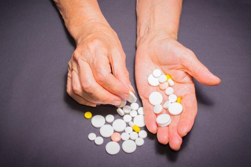 KEVADINE SUURPUHASTUS: aegunud ravimid viska ära!