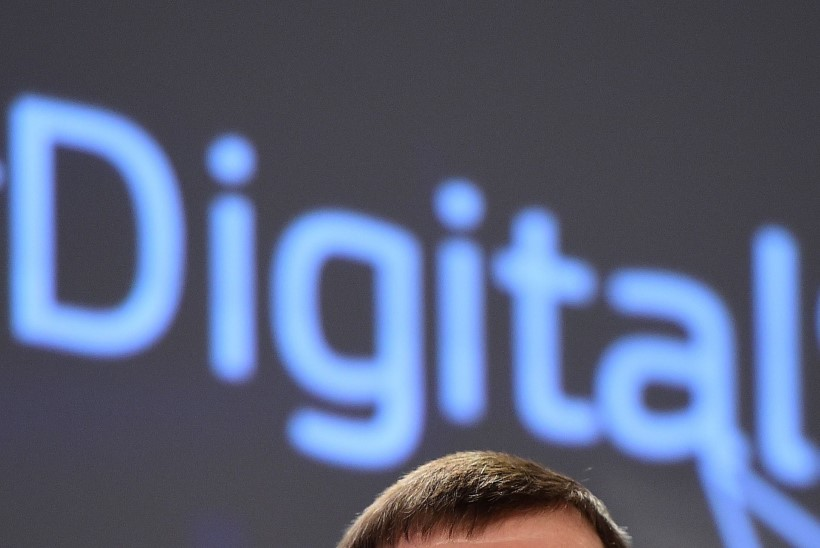 Ansip Financial Timesile: meil on õigus öelda, mida võib meie andmetega teha ja mida mitte