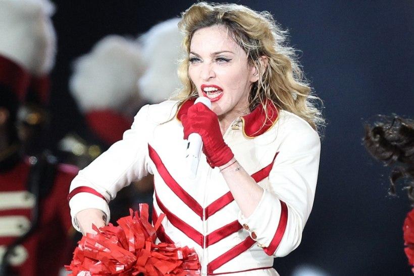Madonna ei suutnud takistada oma aluspükste ja armastuskirjade müüki