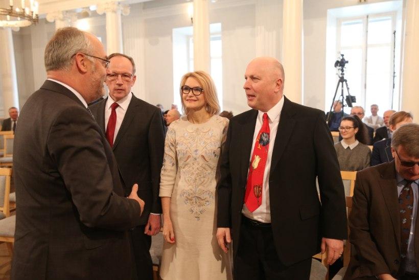 GALERII | Tartu ülikooli rektoriks valiti neurokirurg Toomas Asser