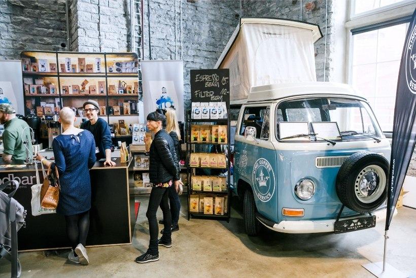 PILDID JA VIDEO | Vaata, kuidas kohvifestivalil kohvipaksu pealt tulevikku ennustati