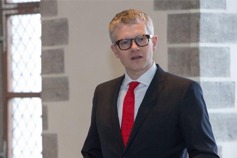 Ministriks saav Janek Mäggi sünnitusosakondade sulgemisest: Eestis saab sünnitada ka põllu peal