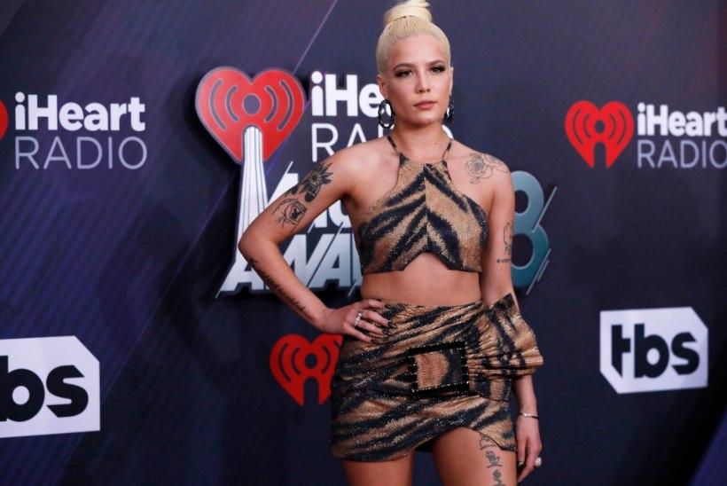 TRAAGIKA: lauljanna rasedus katkes keset kontserti
