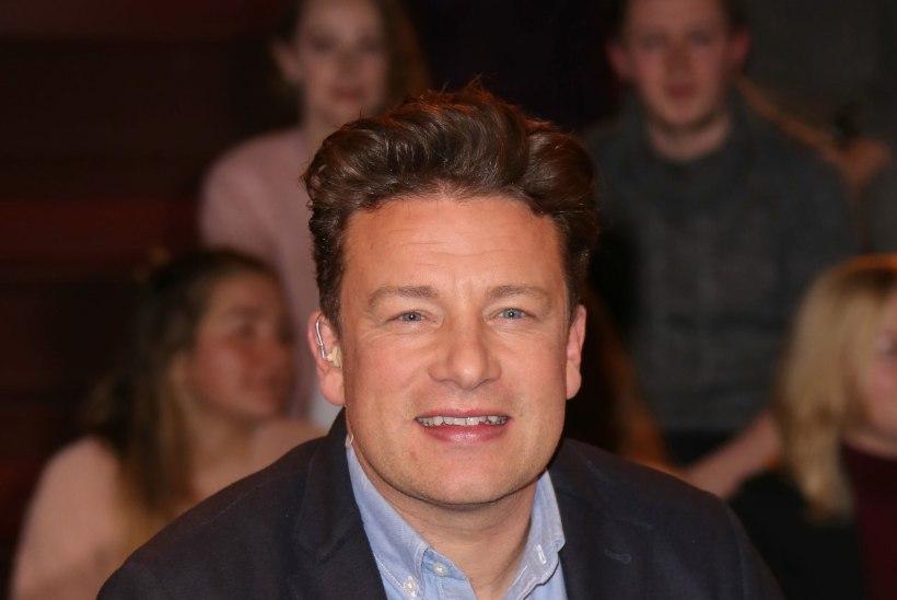 Rasvumise vastu avalikult sõdiv Jamie Oliver on ise ülekaaluline