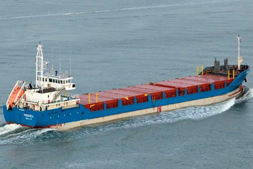 Madalikult päästetud laeva saatus selgub homseks