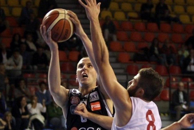Kas Veidemani mängud on Itaalias mängitud? Udine meeskonda toodi ameeriklasest tagamängija