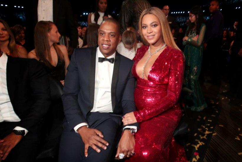 Jay-Z valas rõõmupisaraid, kui tema ema kapist välja tuli