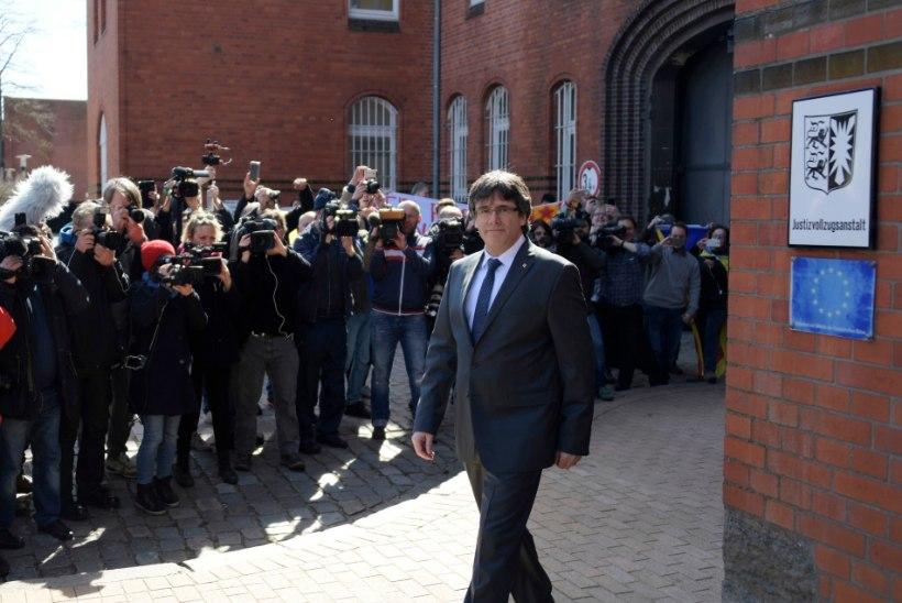 FOTOD   Puigdemont pääses arestimajast