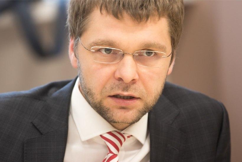 Ossinovski loobub ministritoolist