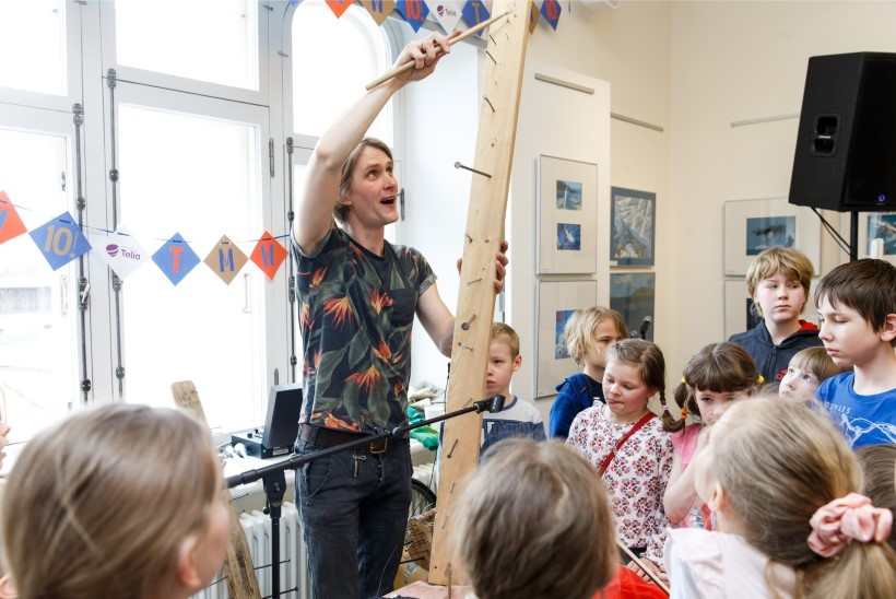 GALERII   Tallinn Music Weeki töötubades õpetati lastele räppi, poppi, fantaasiapille ja muud muusikat
