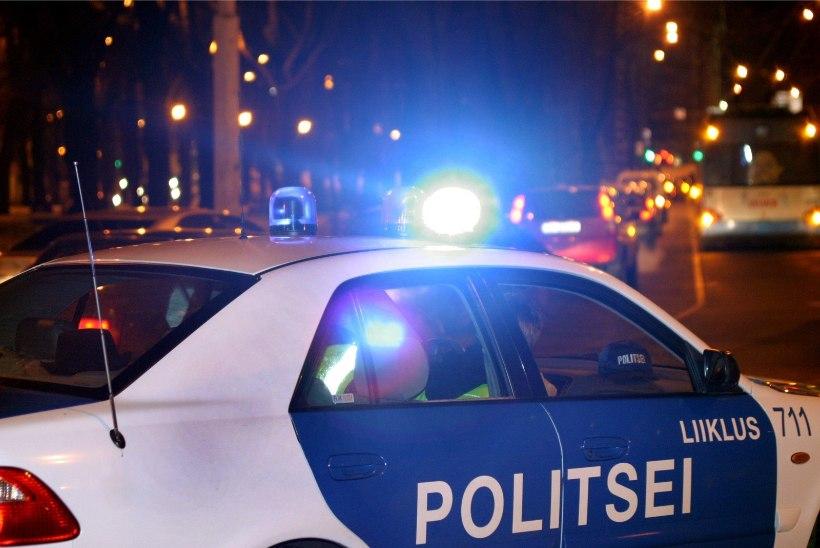 Rööv Kristiine keskuse naabruses: politsei sõitis kohale suurte jõududega ning pidas arvatavad sulid kinni