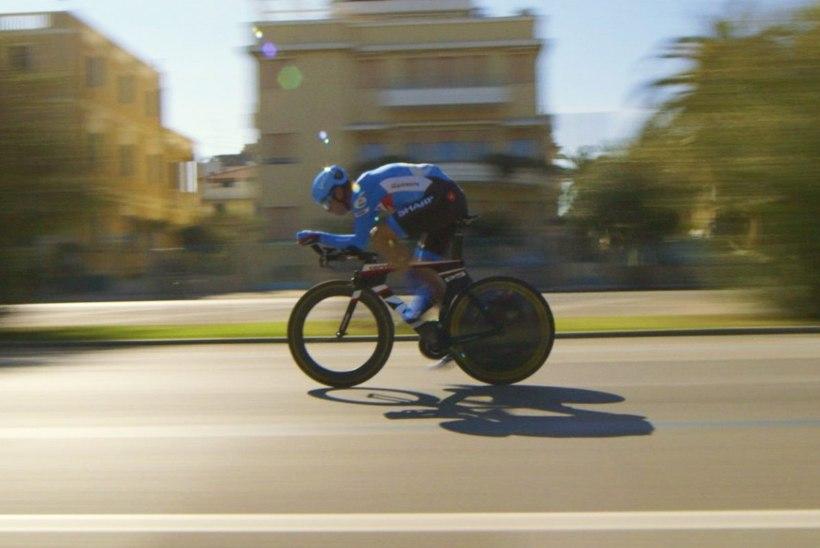 VIDEO | Kumus näidatakse filmi skandaalse tippjalgratturi elust pärast dopinguga patustamist