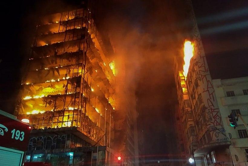 VIDEO | Brasiilias varises põlema läinud kõrghoone kokku