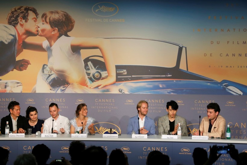 Koduarestis istuvat Vene režissööri asendas Cannes'is tühi tool