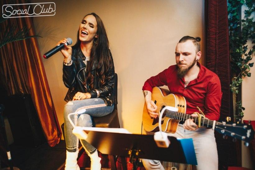 PILDID | Intiimne kohting lauljatar Elysa ehk Elisa Kolgiga