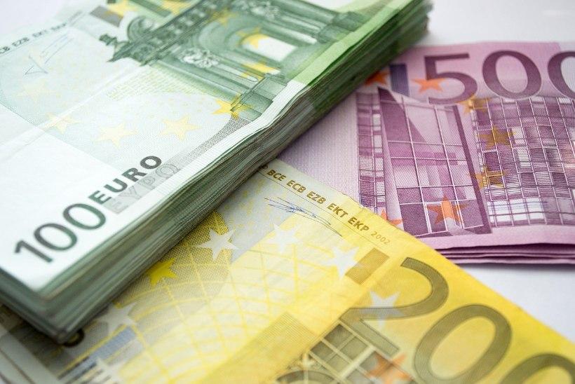 Uskumatu summa: aasta õpetaja elutööpreemia laureaati tunnustatakse 65 000 euroga