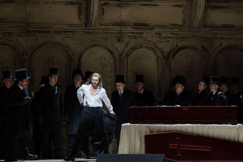 """Euroopa ooperilavade täht Lauri Vasar: """"Avan ennast laval täielikult – see on nagu hingeline striptiis."""""""