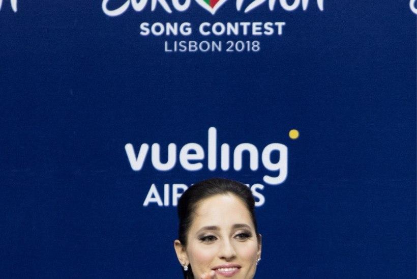 VIDEO | Elina Nechayeva viis oma lemmikutele Eurovisioni konkurentidele kingiks Eesti disaini