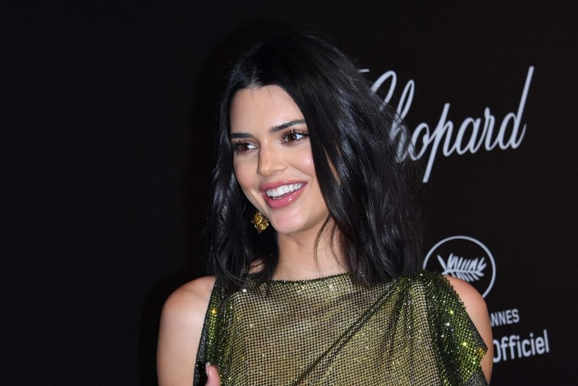 Rinnahoidjata Kendall Jenner ajas Cannes'i elevusse