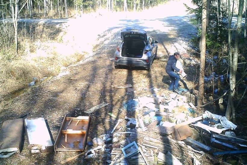 FOTO | Aita leida mees, kes viis oma prügi Narva-Jõesuu metsa alla