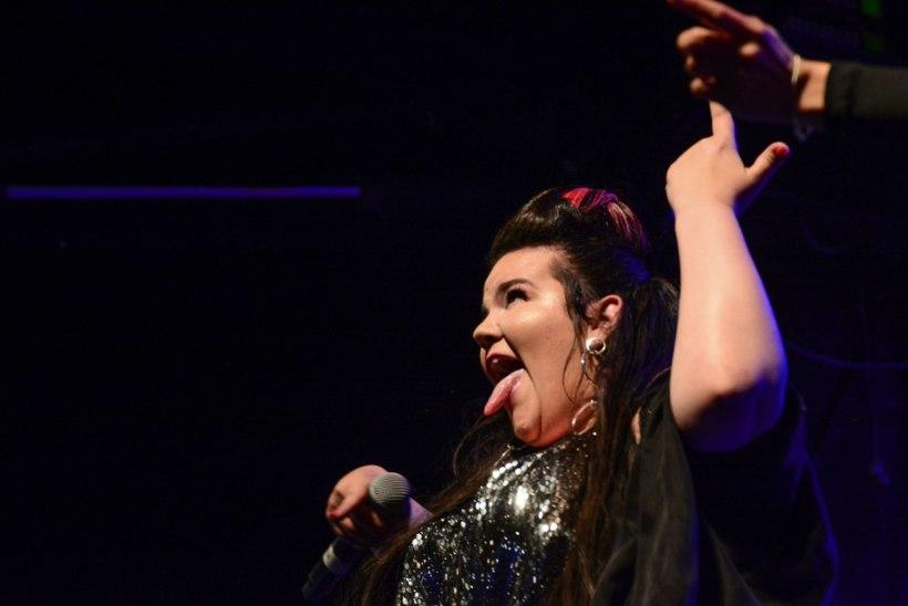 FOTOD | Eurovisioni võitjat Nettat tervitas kodumaale saabudes 20 000 fänni