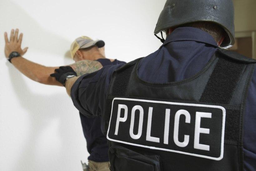 KANGELANE: politseiniku kiire tegutsemine aitas koolitulistamise ära hoida