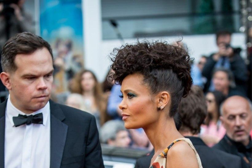 "Thandie Newton kandis Cannes'is sensatsioonilist ""Star Warsi"" kleiti"