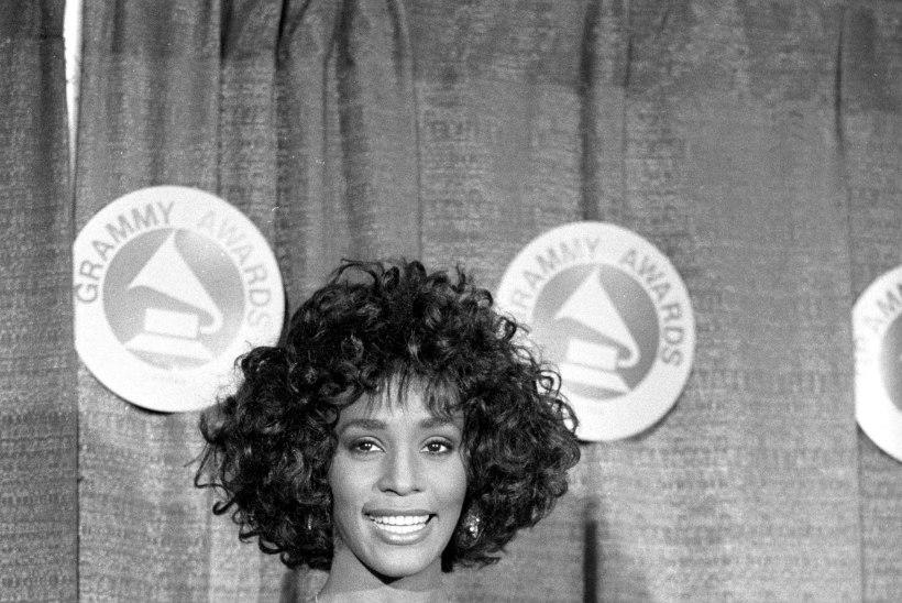 Cannes'i šokidokk: Whitney Houstonit pilastas lapsepõlves naissoost nõbu