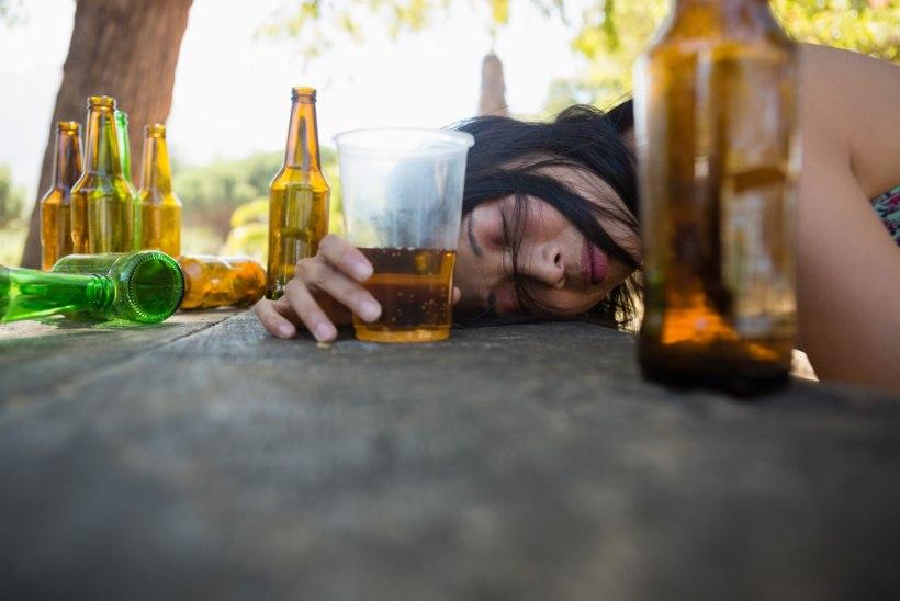 VIDEO | Milline on tänapäeval alkoholismi ravi?