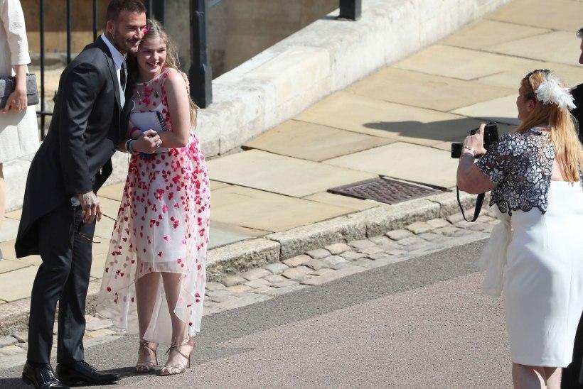 Manchesteri pommirünnakus ellu jäänud tüdruk sai kutse kuninglikku pulma