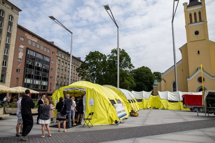 Tänasest mööda Eestit tiirutavates doonoritelkides saab verd annetada