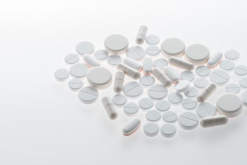 Haigekassa hakkab hüvitama uusi ravimeid kopsuvähi ja C-hepatiidi raviks