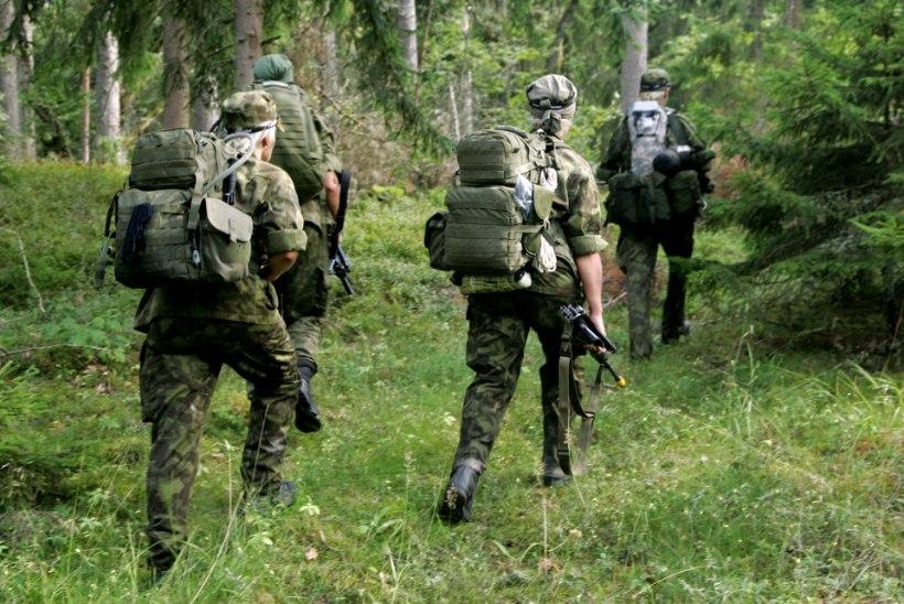Riigikontroll: Kaitseliitu kimbutab tegevväelaste nappus