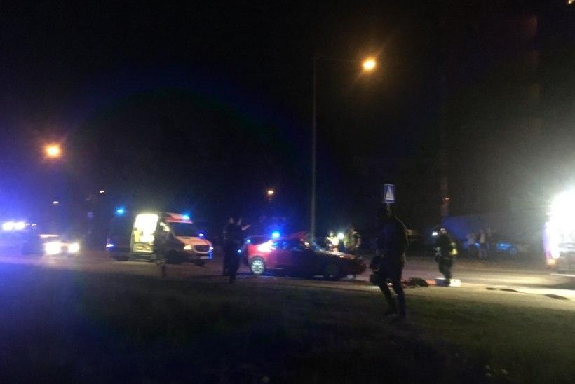 Vahtralehega juhi öise kihutamise lõpetas tänavavalgustuspost