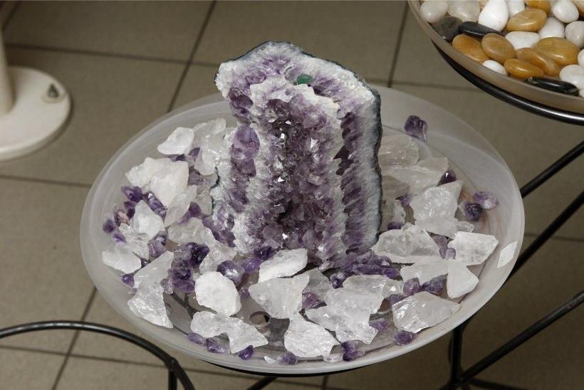PRIA andis raha esoteerikakeskuse kristallitoa sisustamiseks