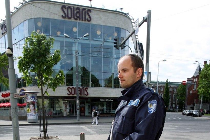 Staažikas politseinik vaidlustas vallandamise kohtus