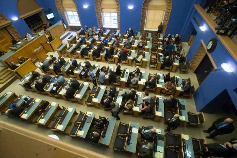 Riigikogu arutles rahvastikukriisi üle: kas esimese lapse sünd on ohus?