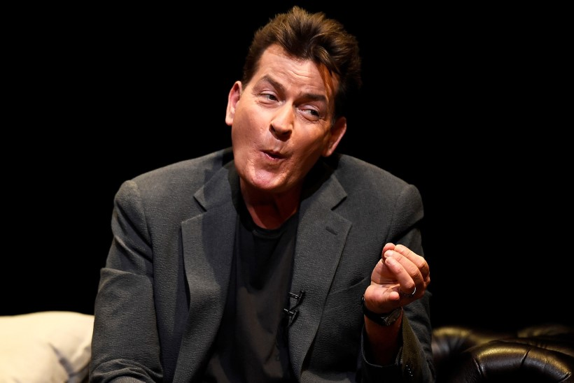 NÄPUD PÕHJAS: Charlie Sheen on oma miljonid maha laristanud