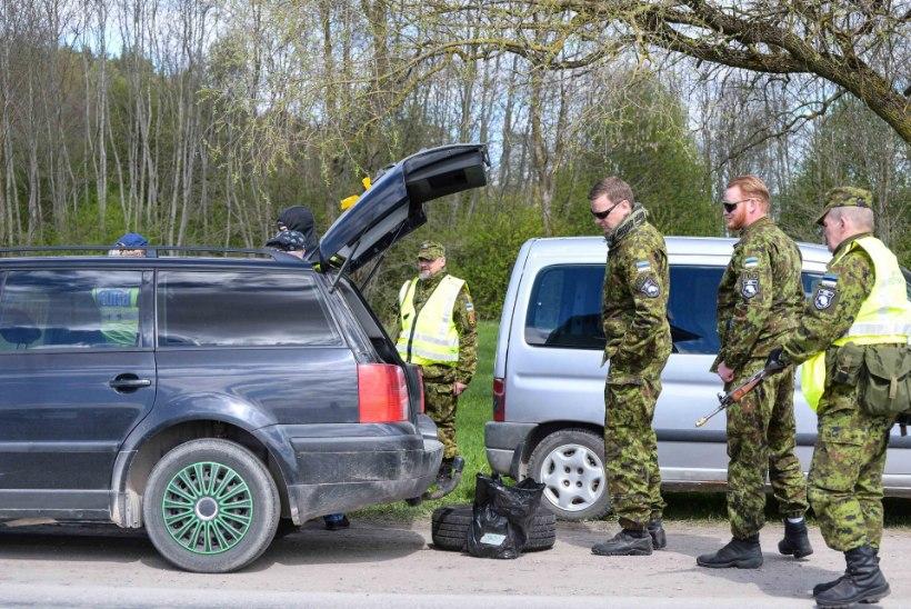 Suurõppusel SIIL kontrolliti täna üle 3400 sõiduki, ühest leiti lõhkekeha