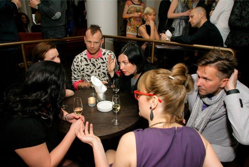 BAARI-MADISE BLOGI | Mis juhtub siis, kui šampanja asendub sõnnikuhaisuga ja ainuke glamuurne üritus on toidupoe avamine?
