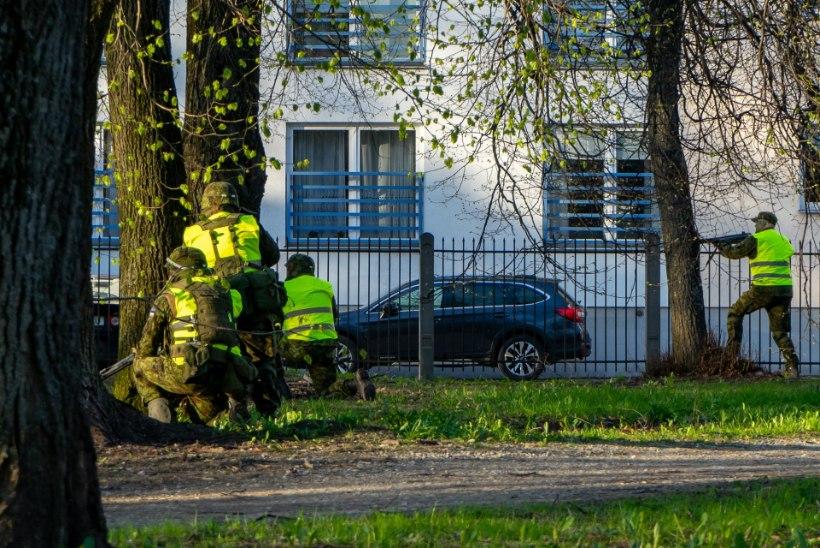 GALERII | Politsei ja Kaitseliidu ühisõppus tõi Tartu linnalahingud